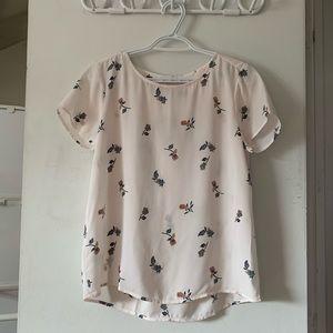 🌴 2/$30 LOFT floral blouse
